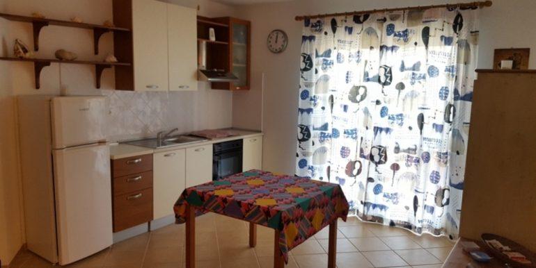 Sala pranzo con cucina 01